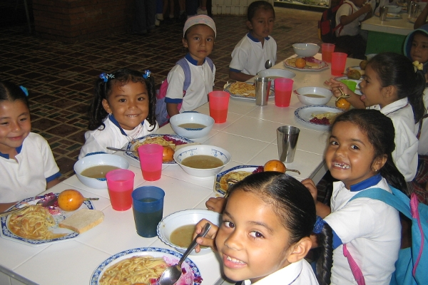 Programa de Alimentación Escolar – PAE