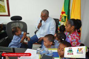 Alcalde rinde cuentas a la niñez mirandeña