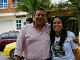 Gobernador del Cauca, Óscar Rodrigo Campo Hurtado, a la secretaria de Salud del Cauca, Lucy Amparo Guzmán