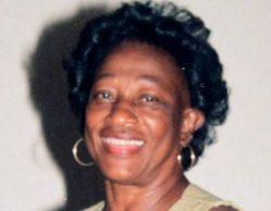 Repudio por asesinato de docente pensionada