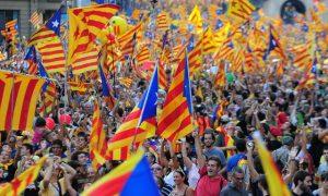 La xenofobia del catalanismo y la devaluación del Barcelona