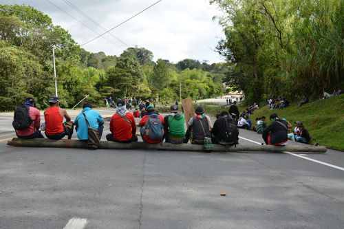 """""""Minga"""" busca declaratoria de emergencia para pueblos indígenas"""