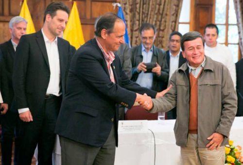 Camilo Restrepo renunció como negociador con el Eln