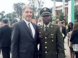 Carlos Peña ascendió al grado de Capitán de la Policía