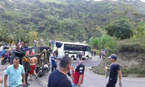 Accidentes de tránsito dejan un muerto y 26 heridos