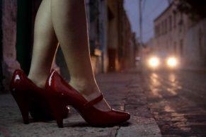 Condenada a 25 años por obligar a menores a prostituirse