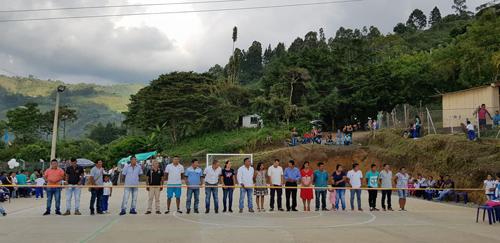 Se inauguró la cancha multifuncional de la vereda Las Cruces