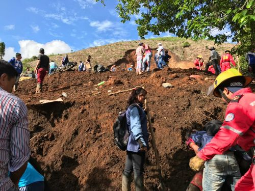Una mujer murió por deslizamiento de tierra en Corinto