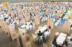 En Bogotá, Cali y el Valle del Cauca la votación más pareja.