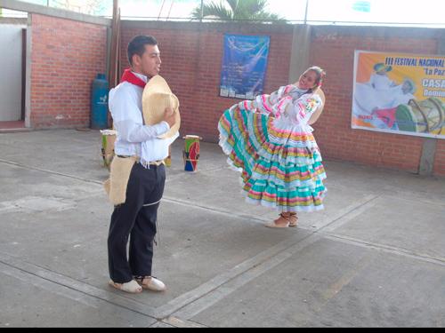 "En Villa Rica se cumplió el Tercer Festival de Danza Folclórica en Parejas ""LA PAZ SE DANZA EN DOS"""