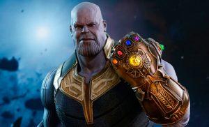 Thanos, primeras comuniones y libros sobre derivados