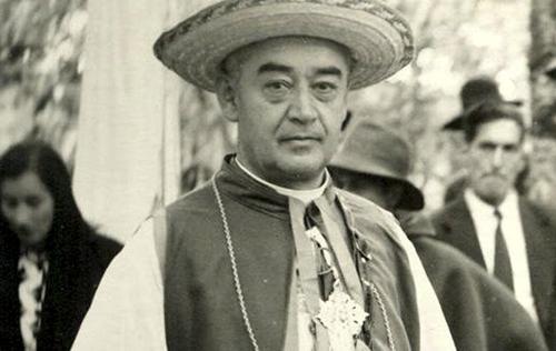 Pretender canonizar a Builes es una afrenta
