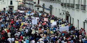 Campesinos denuncian abusos de autoridades indígenas