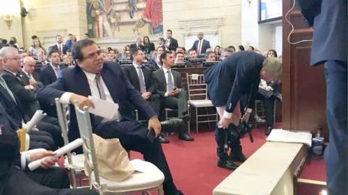 Antanas Mockus regresa al Congreso