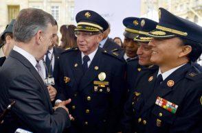 Santos preside Comisión de Garantías de Seguridad
