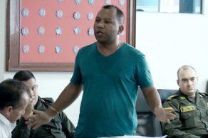 Alcalde de Villagarzón intimida a periodista y este luego es despedido