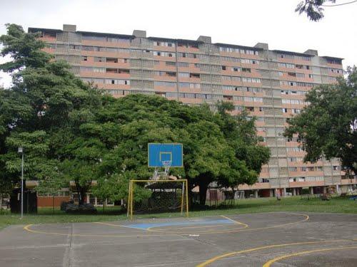 EDIFICIO VENEZOLANO