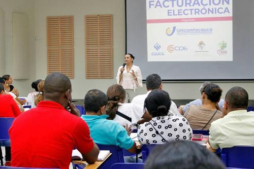 Se fortalece el emprendimiento y conocimiento sobre facturación electrónica