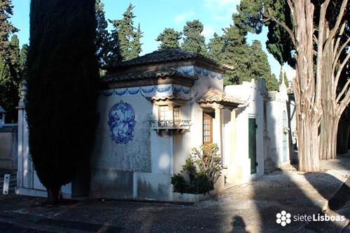 Entrada al Cemitério dos Prazeres en Lisboa
