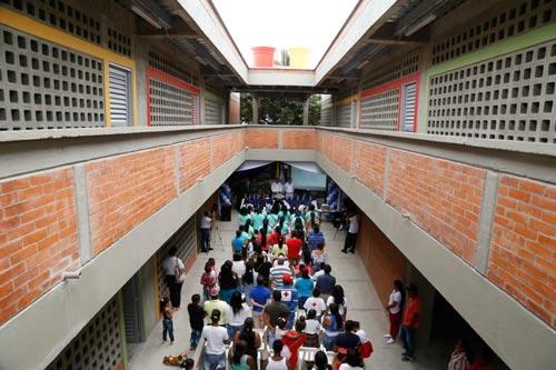Institución Educativa Pública INCODELCA