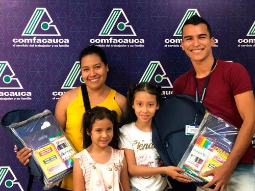 Continua la entrega de los Kits Escolares Comfacauca