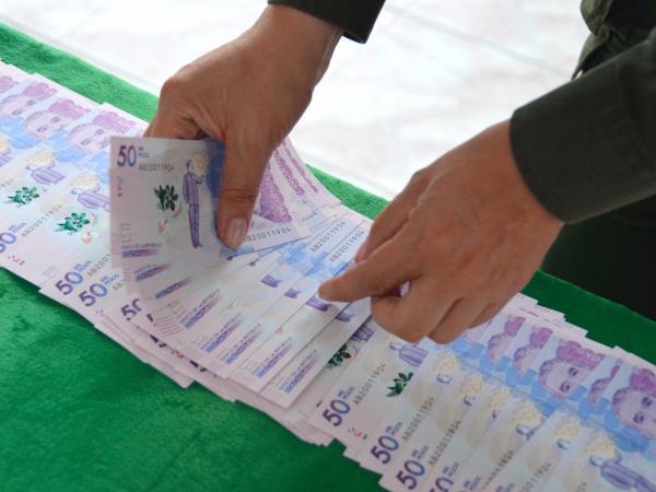 Inundaban el mercado de billetes falsos