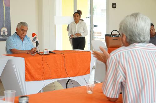 García Valencia presentó su candidatura a la Gobernación