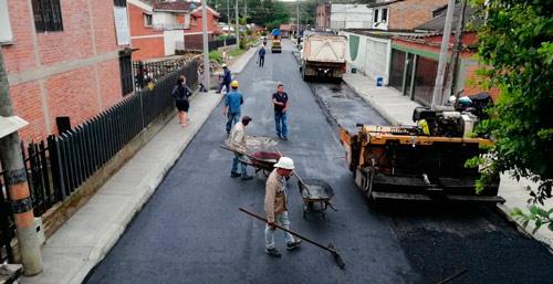 """""""Pavimento en tu Barrio"""" seleccionado como la iniciativa más importante"""
