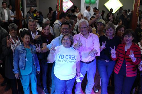 Juan Carlos López Castrillón inauguró sede de campaña