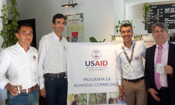 """FNC y USAID impulsarán """"Café para la paz en Colombia"""""""