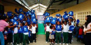 Niños de Guapi recibieron kit escolares