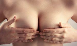 Retiran del mercado implantes mamarios