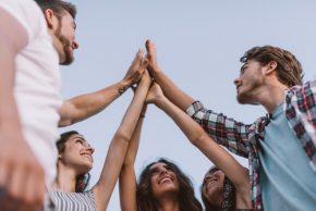 Celebramos la juventud con beneficios en salud