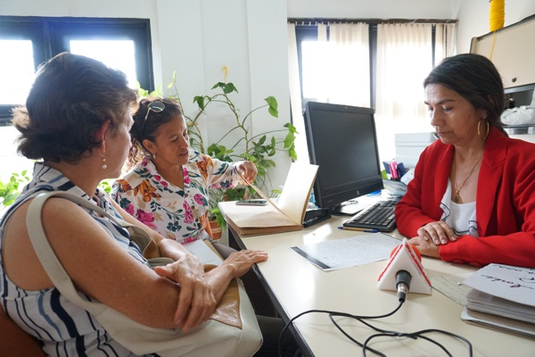 Luz Dary Bustos González, Sandra Patricia Orozco Cruz, Gladys Carmenza león Larrahondo.