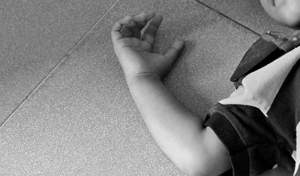 Muere niño en un intento de homicidio contra peluquero