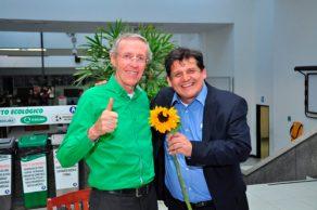 Navarro Wolff apoya campaña de candidato Víctor Ramírez