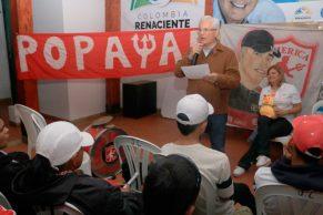 Barristas del América de Cali hacen compromiso con Juan Carlos López