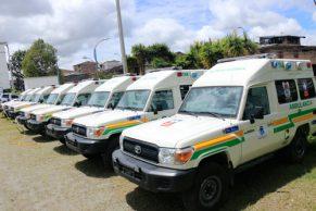 Gobernación del Cauca entregó 17 ambulancias