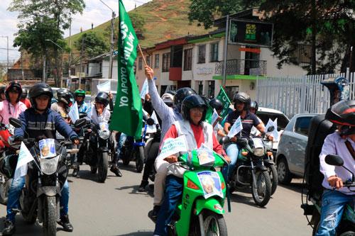 Juan Carlos López no prohibirá el parrillero hombre en Popayán