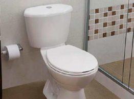 """Señor: """"ese baño quedó mal instalado"""""""