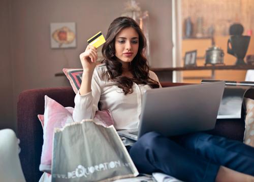Colombianos se preparan para compras vía internet