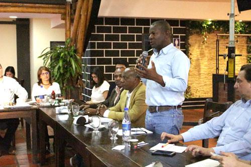 Elías Larrahondo se reunió con alcaldes electos para fortalecer planeación