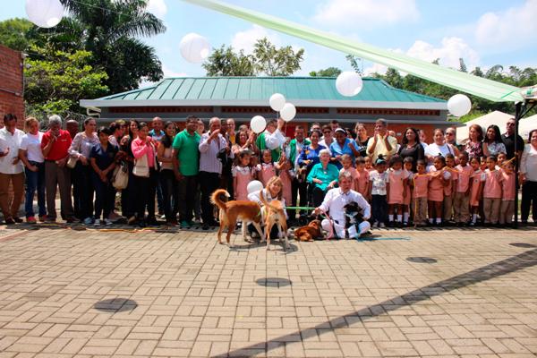 Donan aulas escolares a niños de Santander de Quilichao