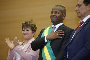 Con diversidad cultural, se posesionó Elías como gobernador del Cauca