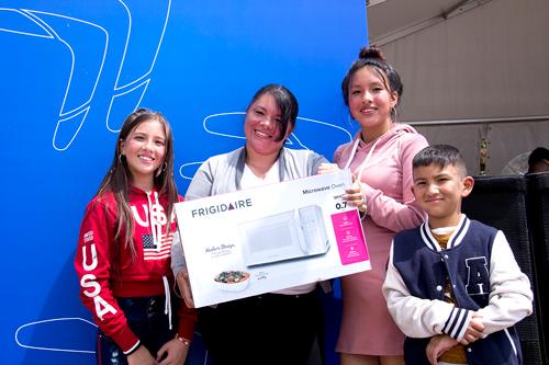 Los colombianos ahorran para viajar, comprar casa y estudiar