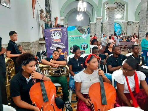 Orquesta sinfónica 'Sonidos del Alma' realizó su primera presentación