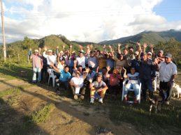 Secretaría de Infraestructura socializó placa huella en zona rural de La Vega