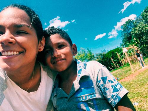Todos Somos Uno, por la felicidad de los niños