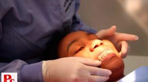 Tus dientes en manos de especialistas