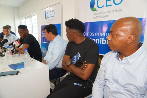 Yerry Mina y CEO anotaron un golazo por la educación